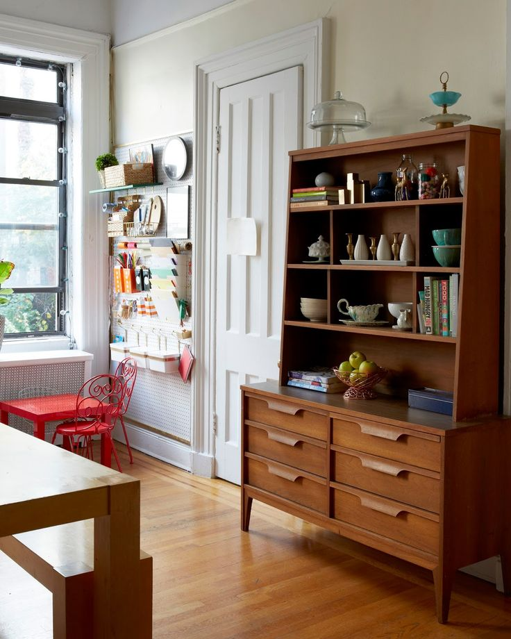Home Tour Brooklyn Apartment: 1000+ Ideas About Small China Cabinet On Pinterest
