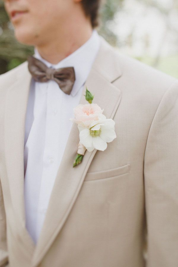 Tan Suit for a Southern Groom | Alyssa Morgan Photography