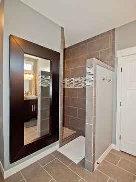 Walk in shower. Love that you don't have to worry about shower doors to clean.