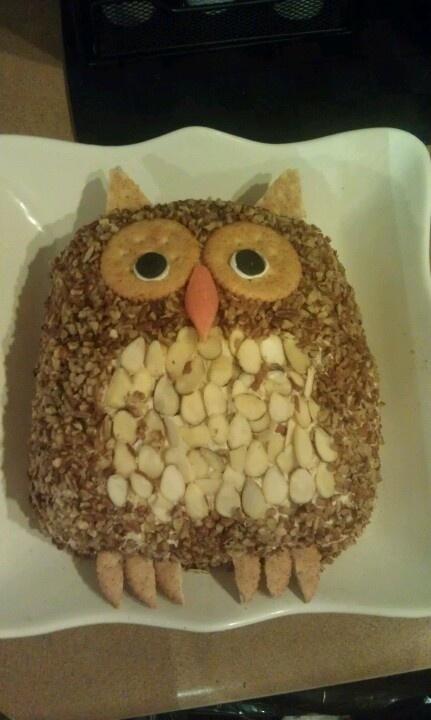 Cheese ball owl: @Nicole Ammons bridal shower food?