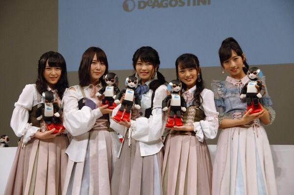 ロビ2、AKB48のメンバーとダンス共演!「恋するフォーチュンクッキー」「LOVE TRIP」を披露