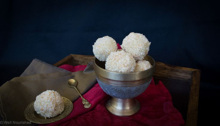 These Healthy White Chocolate Truffles are for all of the white chocolate lovers out there. Dairy-free, gluten-free, vegan, grain-free and delicious!