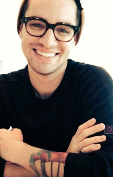 brendon urie fanfic smile - photo #8