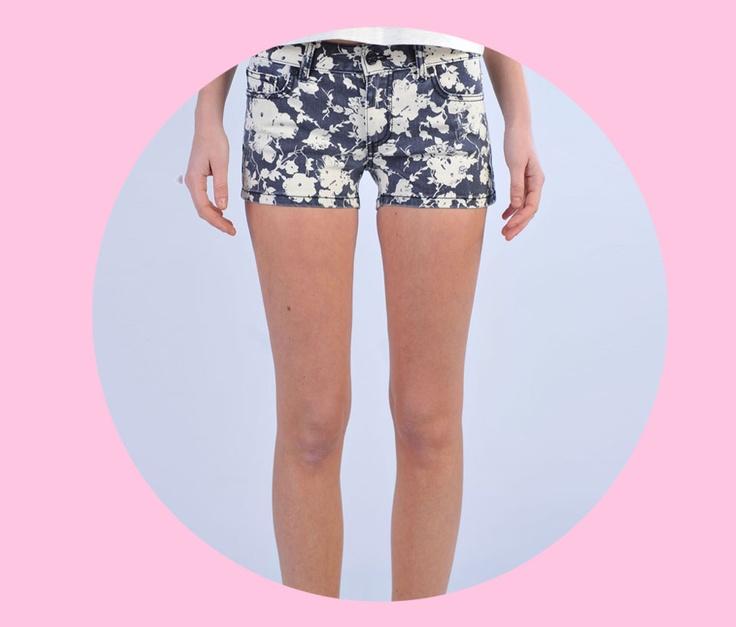 SHOP Tory Burch  http://www.dipierrobrandstore.it/product/2143/Shorts-in-denim-fantasia-floreale-bianca-e-blu.html