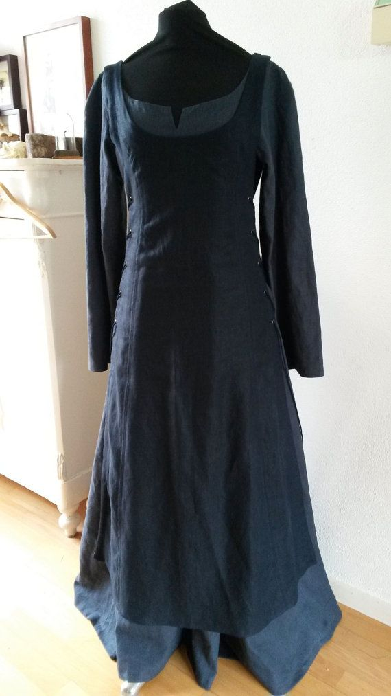 Linen set of 2 dresses, historical, viking, medieval by AvalondesignsNL