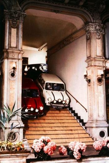 MINI in the Italian Job movie ❤ App for your Mini ★ Mini Cooper Warning Lights…