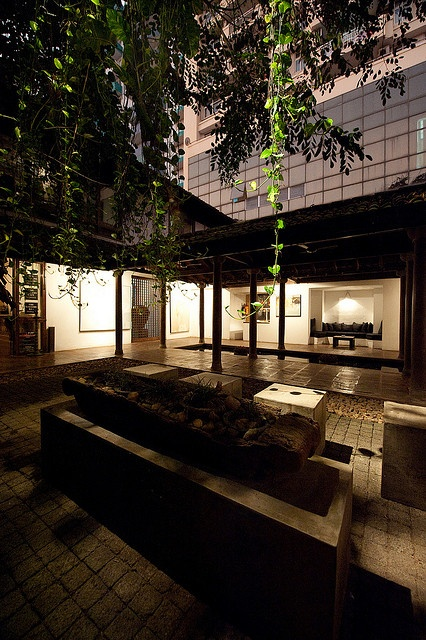 13 best geoffrey bawa architects 39 s former office at 2 for Courtyard designs in sri lanka