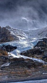 A w górach na szczytach zawsze śnieg