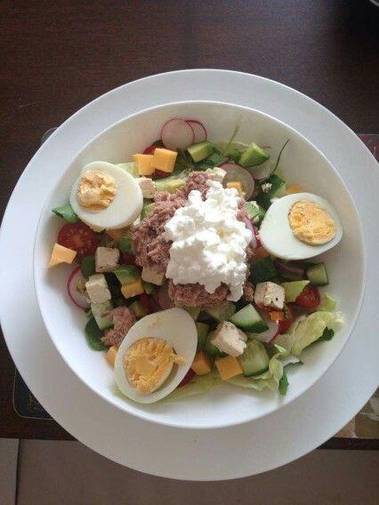 Tuna salad x