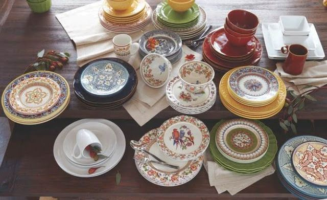 Mix and match dinnerware.  Simply Designing with Ashley: Holiday Table Setting Ideas