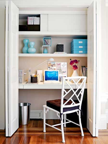 converting closet into a desk...this would be fabulous if i had a closet to spare. i needs more closets.