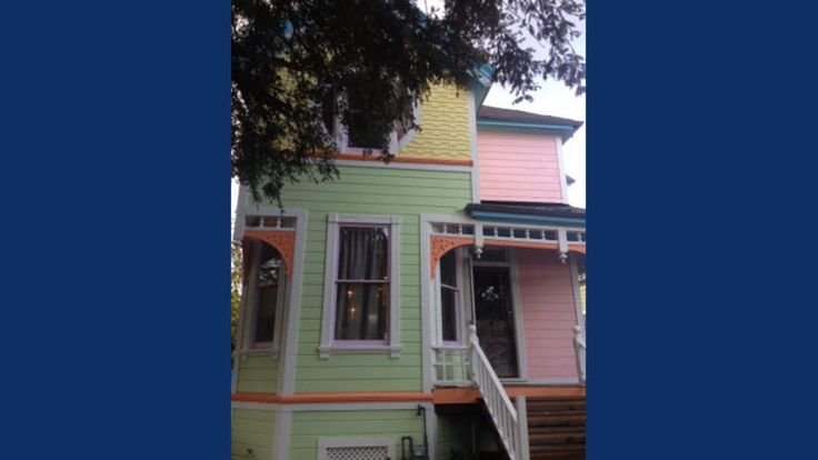 "Victorian Painted to Resemble Home in ""Up"" Sparks Controversy 