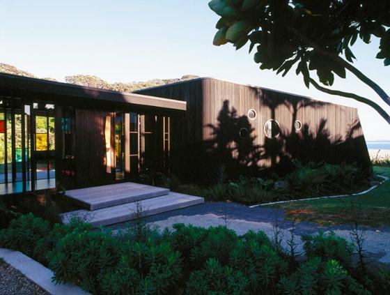 modern beach house   stevens lawson design