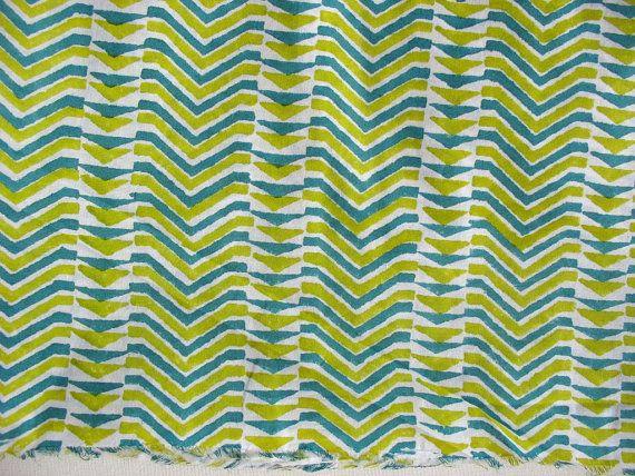 Teal, main imprimée géométrique vert et blanc estampillé / bloc de tissu de coton imprimé par le chantier