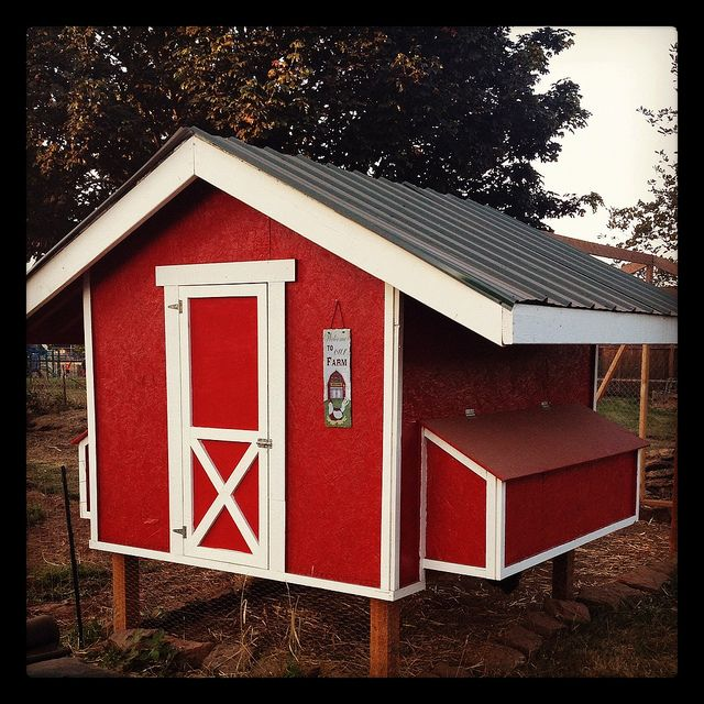 17 best images about farm life on pinterest old screen for Old farm chicken coops