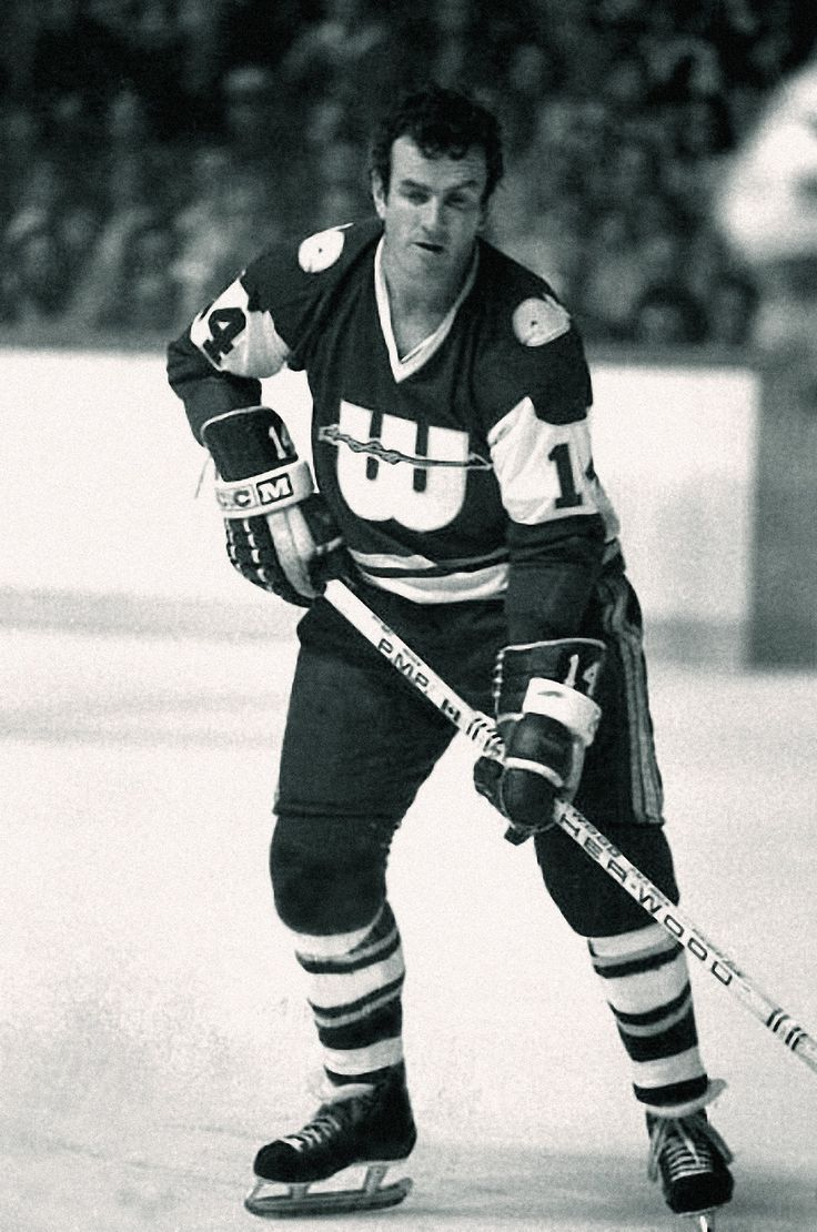 Dave Keon with the New England Whalers.