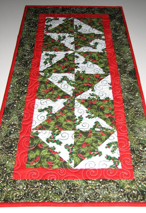 Christmas Quilted Table Runner Reversible Holly Patchwork Etsy Christmas Table Runner Christmas Table Toppers Quilted Table Runners