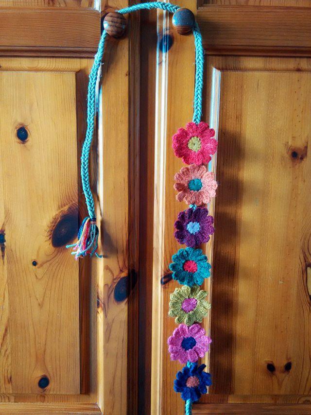 cinturón de flores de ganchillo