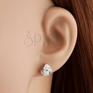 Beszúrós fülbevaló - 925 ezüst, kelta csomó átlátszó cirkóniákkal díszítve