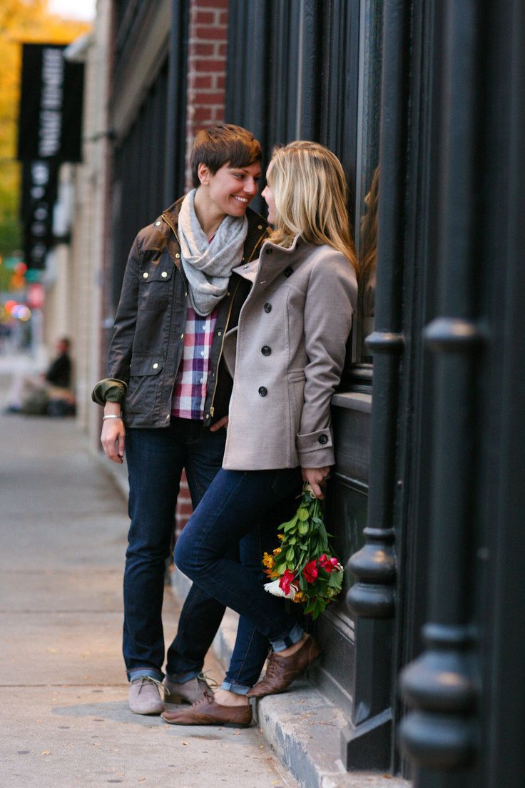 Lesbian engagement photoshoot in the fall - cute! #gayengagement #gaylove Photography: Megan W Photography http - megan-w.com/