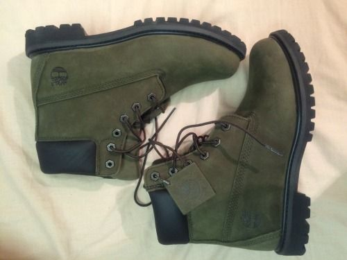 olive green timberlands