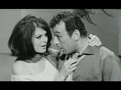 "✿ ❤ Perihan ❤ ✿ ""Komşunun Tavuğu"" Siyah - Beyaz bir Yeşilçam Filmi 1965 / Dram, Komedi / Türkan Şoray, Sadri Alışık, Çolpan İlhan"