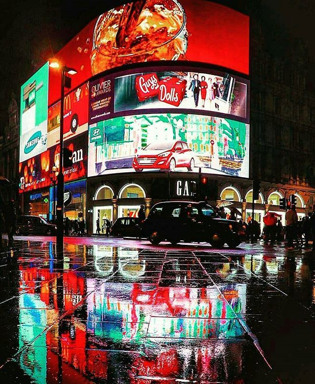 Piccadilly Circus [Westminster]