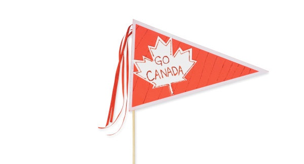 Go Canada Pendant | Wave this #Michaels DIY pendant to share the patriotic spirit this Canada Day. Yay Canada! #airmiles #canadaday