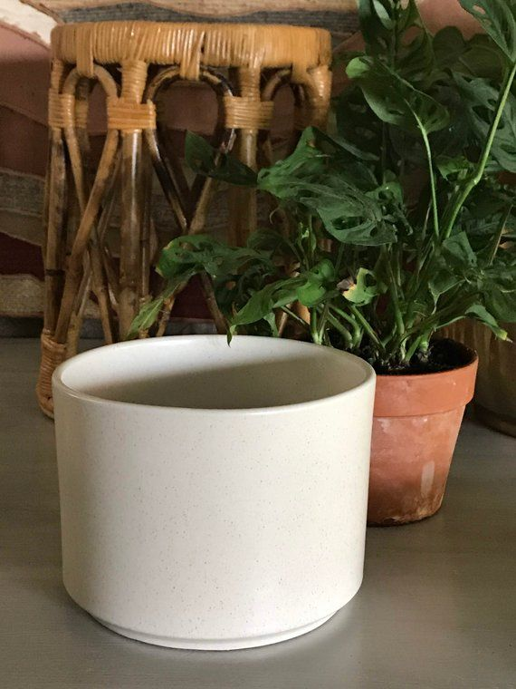 Decorative Planters On Hold For The #Etsies Medium Tall Ceramic Planter Vertical Planter Planters Tall Ceramic Pots Ceramics