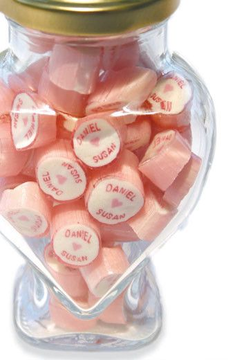 Personalised candy for wedding favours // Roc Candy