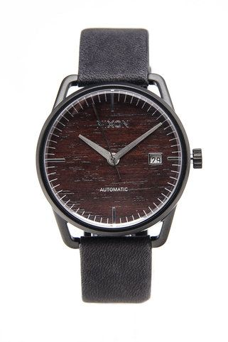 This Nixon watch with wood-grain detail is amazing... <3