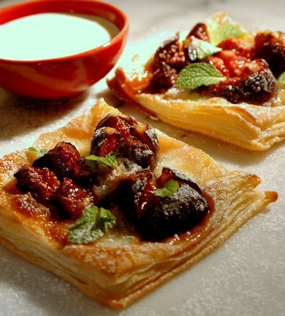 Fig & Goat's Cheese Tartlets recipe | Fabulous Figs | Pinterest