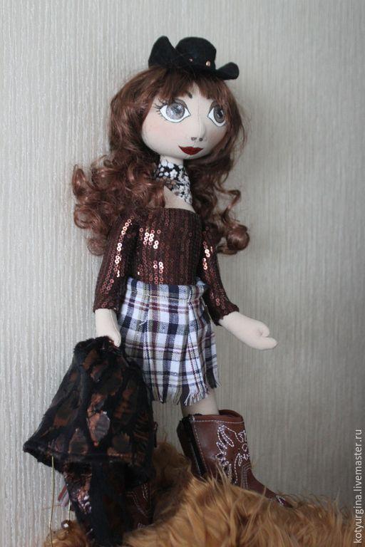 Купить Кукла Катрин. Подружка ковбоя. - коричневый, шоколадный, вестерн, Ковбой, дикий запад
