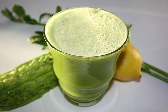 The Lower Your Blood Sugar Juice.  This juice is great to help lower blood sugar levels because of bitter gourd that contains a chemical that acts like insulin to help reduce blood sugar levels.   Ingredients: 1 green apple, 1 bitter gourd or bitter melon, 1/2 cucumber, 2 sticks celery, 1/2 lemon.