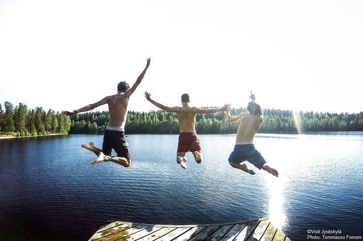 Swim jump. ©Visit Jyväskylä Photo: Tommasso Fornoni.