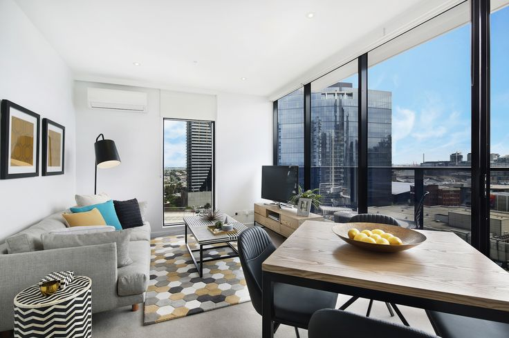 Stylish, modern and an open plan living space. Bathed in light through floor to ceiling windows, cherish views of the world's most liveable city.