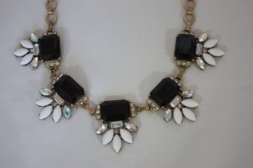 Fashion Flower Shaped Bib Statement Necklace | Fashion Women's Handmade Jewelry and Contemporary Accessories