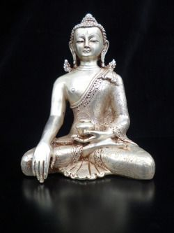 Buddha Shakyamunirame argentatoaltezza cm.16 x 10