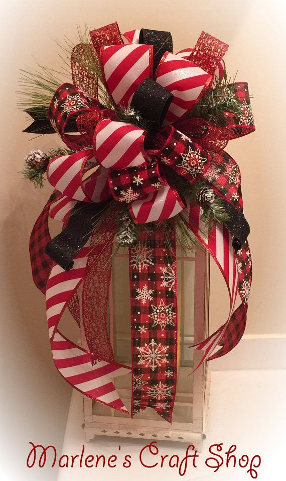 Beautiful christmas lantern swag tree topper this for Images of lanterns decorated for christmas