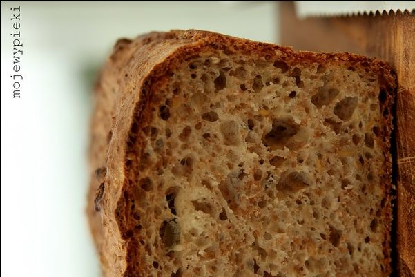 Szybki chleb wieloziarnisty na drozdzach