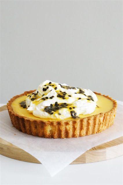 Cakelets and Doilies: Passionfruit Tart with Orange Mascarpone Cream