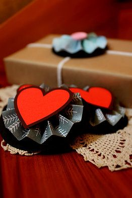 Paper Heart Gift Toppers