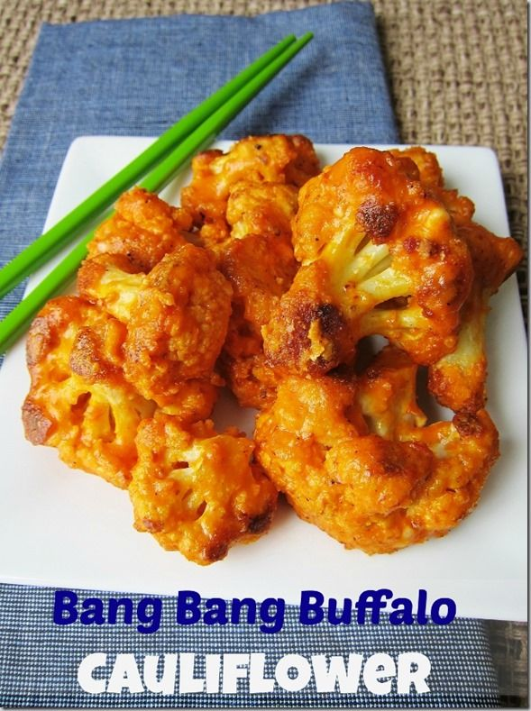 Bang Bang Buffalo Cauliflower from Carrots 'n' Cake http://carrotsncake.com/2014/03/bang-bang-buffalo-cauliflower.html