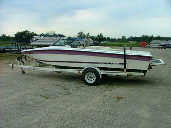 Powerboats for sale, 1987 19ft Supra COMP TS6M waterski boat. Brooklyn, MI. Used Powerboat sale