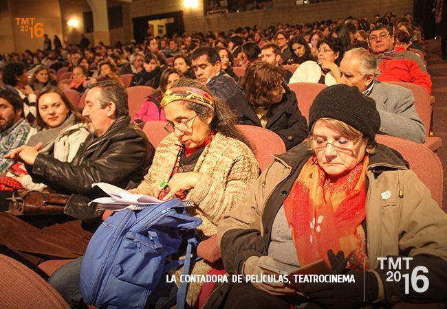 Público de distintas edades disfrutaron de la obras La contadora de Películas