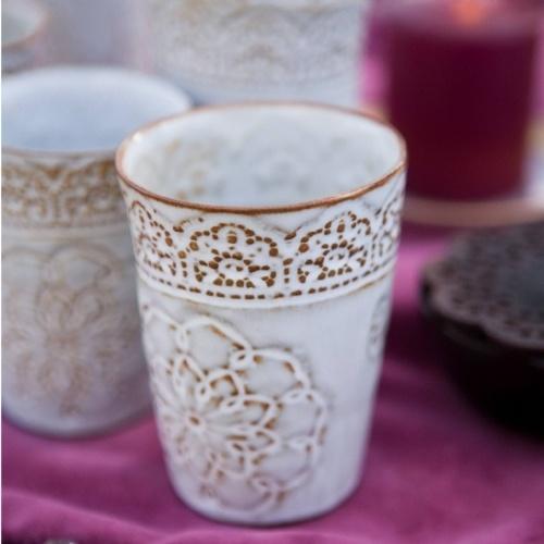 tumbler - love how the white glaze breaks on darker clay.
