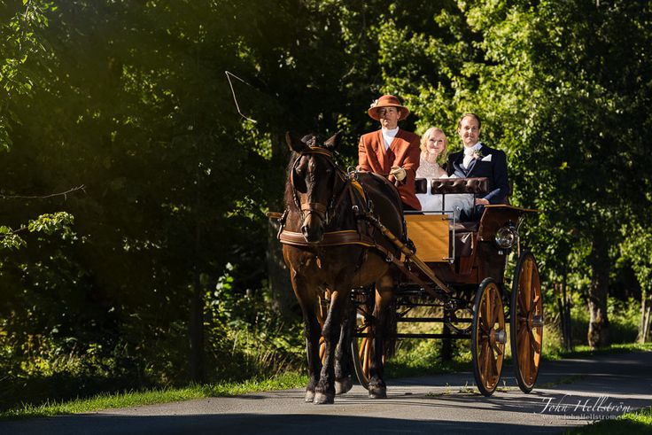 Wedding-photographer-Stockholm-Knivsta-Noors-Castle-Horse-John-Hellstrom-2015-1