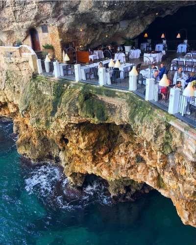 Cibo: # ##Ristorante #Grotta Palazzese #polignanoam... (italian_food) (link: http://ift.tt/2mbtHS3 )