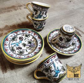 Portugese set van vier hand geschilderde Berardos Faïence espresso kopjes met schotels