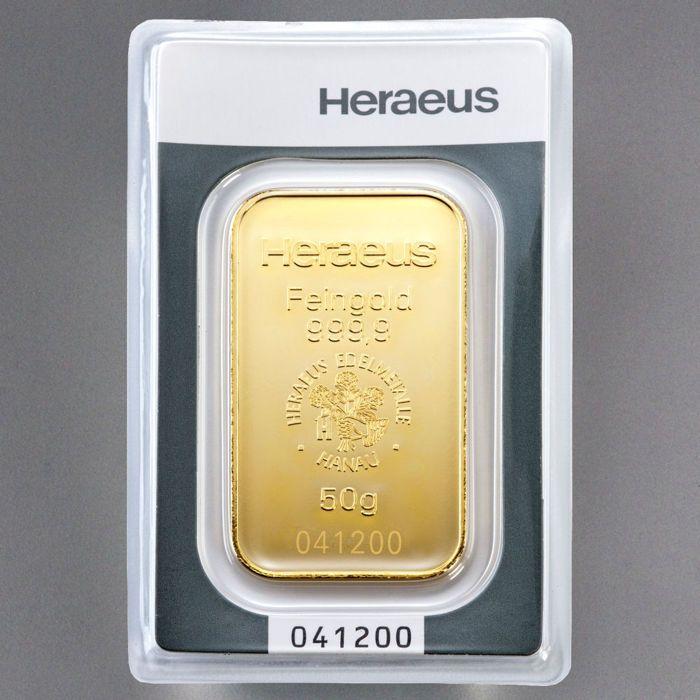 Heraeus 50 gram 999 goud in blister - met certificaat en serienummer  50 g Heraeus bar - 9999 fijn goud - goud investeringen gold bullion - nieuwstaat.50g gold bars uit de Duitse fabrikant Heraeus.De balken zijn in een verzegelde blisterverpakkingmet certificaat. In deze verpakking zijn de balken bewaard inperfecte staat. LBMA gecertificeerde.Gewicht: 50.00 gZuiverheid: 999.9Fijne gewicht: 50.00 gNominale waarde: geenAfmetingen: 49.7 x 285 x 2.0 mmVoorwaarde: Vers geslagenVerpakking: Blister…